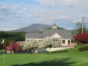 Mulligan's Pub at Windham Country Club