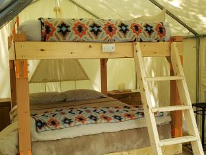 Purling waters bunk bed
