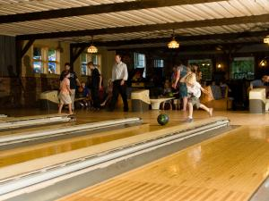 Indoor bowling at Winter Clove