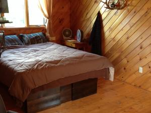 Armstrong's Elk Farm Guest House Bedroom