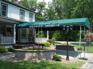 Baumann's Brookside