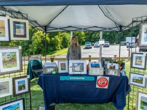 Lynn Slofkin with her amazing Hudson Valley photos.
