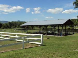 K & K Equestrian Center