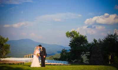 Couple during a mountain top wedding in the Catskills